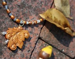 .Golden Luxe Leaf Pendant. by Lii-chan