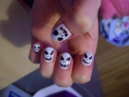 Jack Skellington nails by BlueBlasta