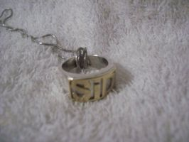 super special ring by GatoNoturno