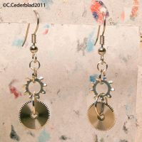 Steampunk earrings by skuggsida