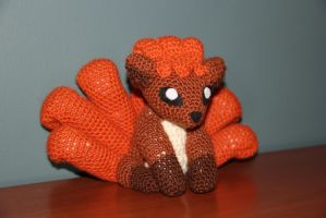 #037 Vulpix by pokecrochetchallenge