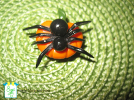 Spider Magnet by SugiAi