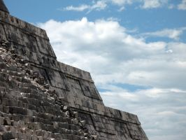 Temple of Kukulcan by Arkhein