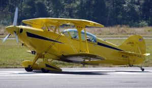 Pitts S-2B Taxi by shelbs2