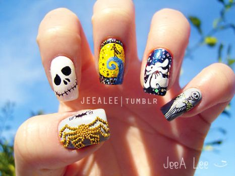 The Nightmare Before Christmas Nails by jeealee