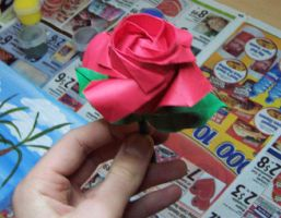 Origami: Rose-stem and leaves by spiegelscythe