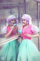 mirror mirror on the wall by GekkoLilly