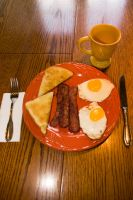 bacon and eggs by crazyphotographer