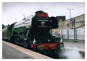 Flying Scotsman arrives by jonnymorris