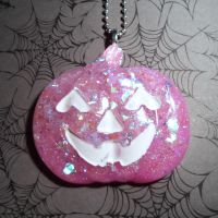 Spooky candy coating by Lutrasaura