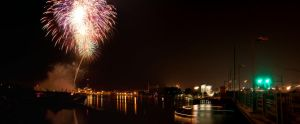 Fireworks over the Fox by aRt2faKt