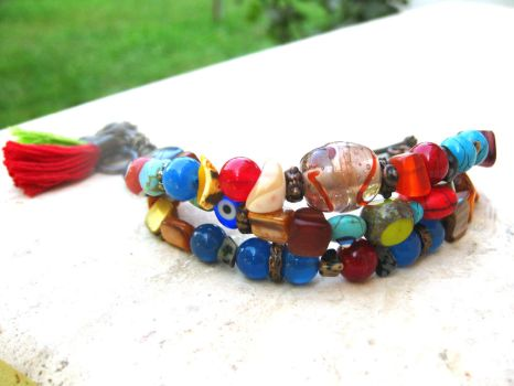 Multicolor Beaded Bohemian Bracelet by pestenkerani