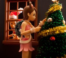 HO HO PEEP..... by SalemCrow
