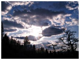 clouds play with sun by ateljEE