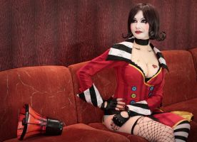 Mad Moxxi - Borderlands backstage by MonoAbel