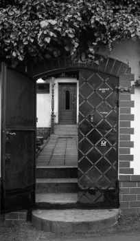 The door behind the gate by no-purgatory