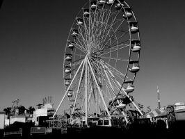 Ferris wheel by 0124nathan