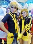 Kagamine Twin (Love is War) - Otafuse the 3rd 2013 by elissamelissa96