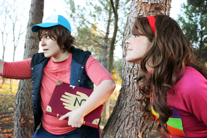 Gravity Falls Cosplay - Looking for a mystery by MystralCasterial
