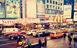 wallpaper  live in new york by Analaurasam