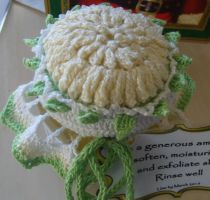chrysanthemum jar cover by Craftcove