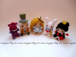 Alice in Wonderland doll set by AnyaZoe
