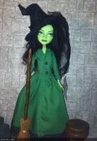 monster high custom wizard of oz wicked witch by Rach-Hells-Dollhaus