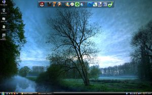 My Desktop by Reditelj