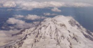 Mount Saint Helens by OsamiOtter