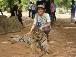 Me at Tiger Temple by SueaNoi