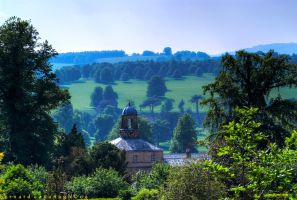 Chatsworth Grounds by horai