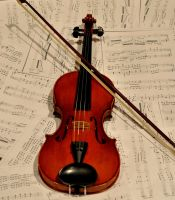 Violin and Bow by TWOphotography