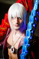 Dante Japan Expo Cosplay by Leon Chiro DmC Art by LeonChiroCosplayArt