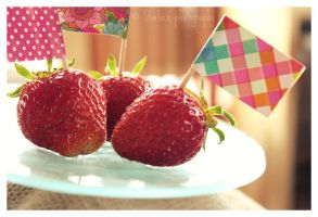 Sweets of summer by Starlizz
