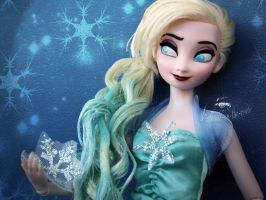 Freestyle Concept Art Elsa by claude-on-the-road