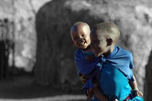 Masai kids Black and White by Tenbult