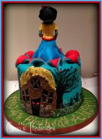 Zombie Snow White Cake by gertygetsgangster