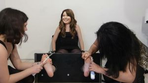 Miranda Cosgrove tickled in stocks by ThePaper19