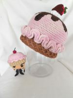 strawberry ice cream hat by MasterPlanner