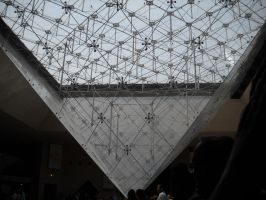 The Louvre Museum by Mysteriouspizza
