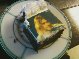 Kurt Cobain Cake by Thediamondintherough