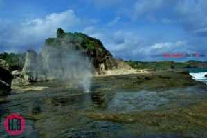 Klayar Beach by PS-Anggara