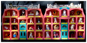 Puppy In My Pocket - Play 'N' Display Houses by The-Toy-Chest