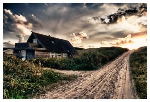 Beach Cottage by bennhardt