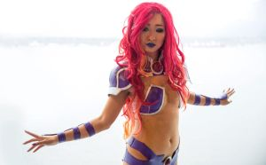 New 52 Starfire by theStarktorialist