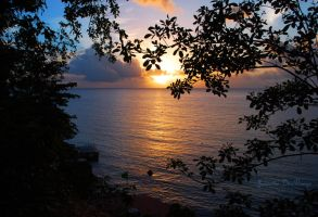 St Lucia Sunset by NettieR