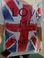 Love me or leave me at London. by LauVC