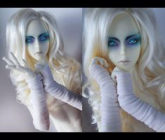 White gloves (Soom Heliot) by NogiSan