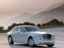 Rolls Royce Phantom White by TheCarloos