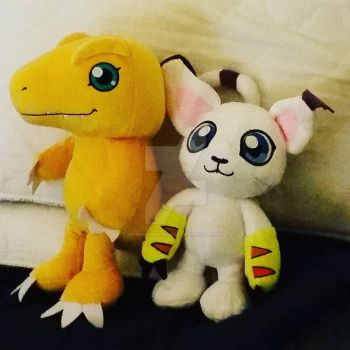 Agumon and Tailmon sibling set by Animalunleashed